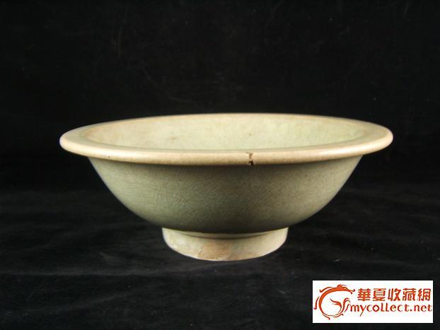 清代乾隆开片瓷碗