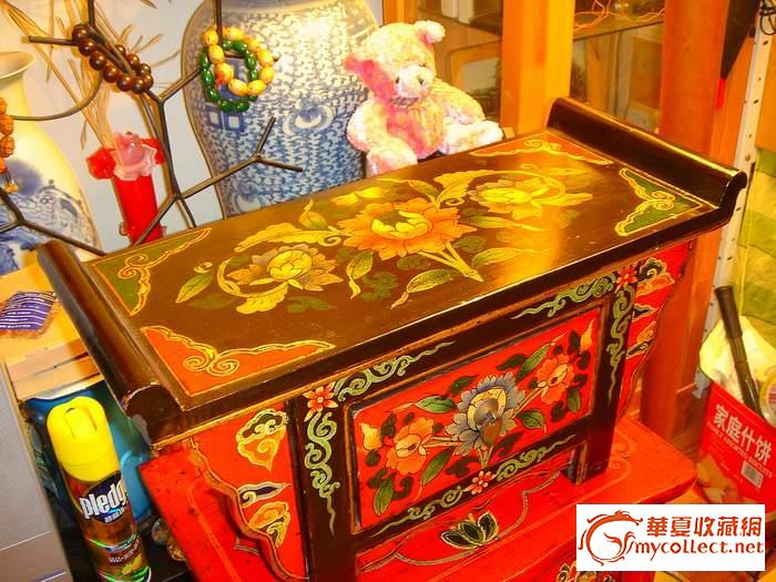漂亮的手工彩绘小桌子