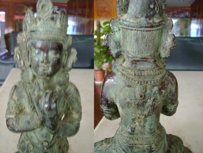 明代红铜佛像