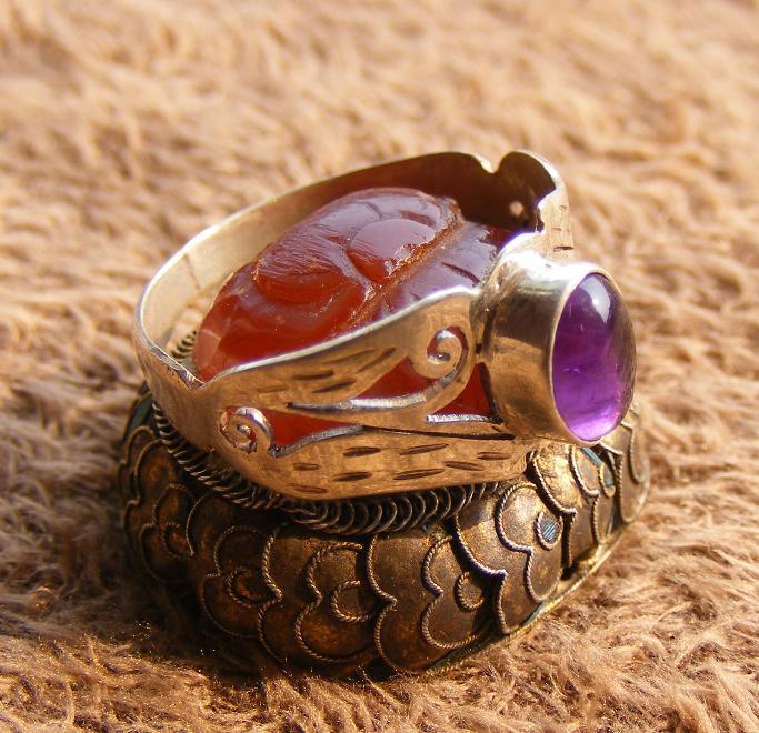 跑地皮--diy镶嵌老紫水晶宝石镂空银戒指(绝对漂亮 全品完整)图片