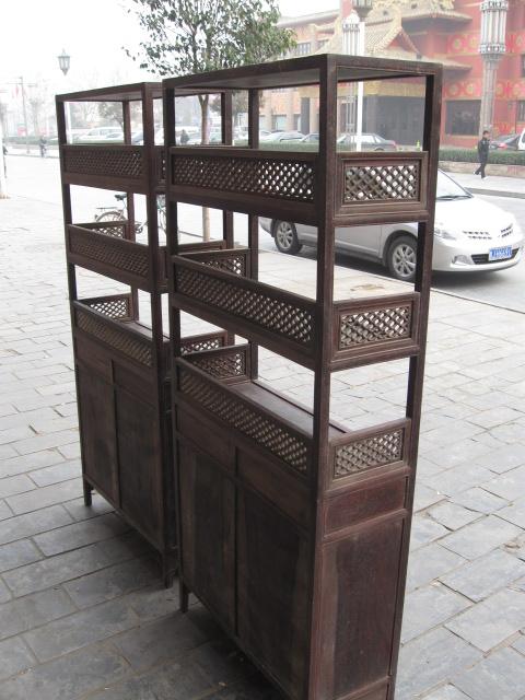 微利出售一对老红木货架柜