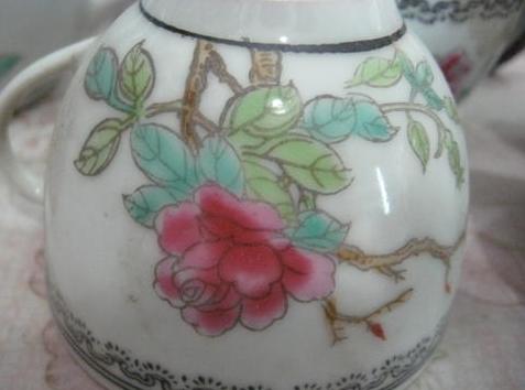 景德镇精品70末年代瓷器 料边花鸟富贵白头茶具