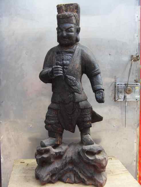 明代木雕神像