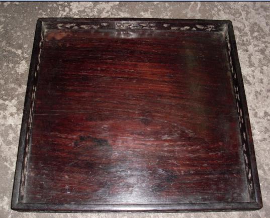 清代中期 红木大盘 长32厘米宽31厘米高2.4