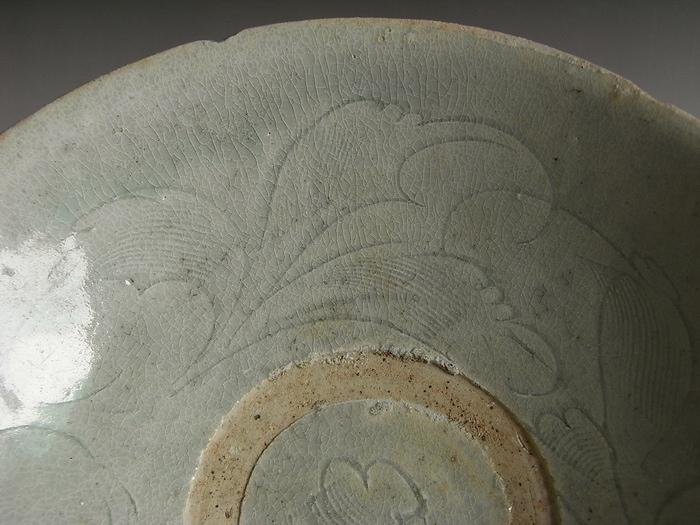 元宋时期的陶瓷彩色花纹图案的图片