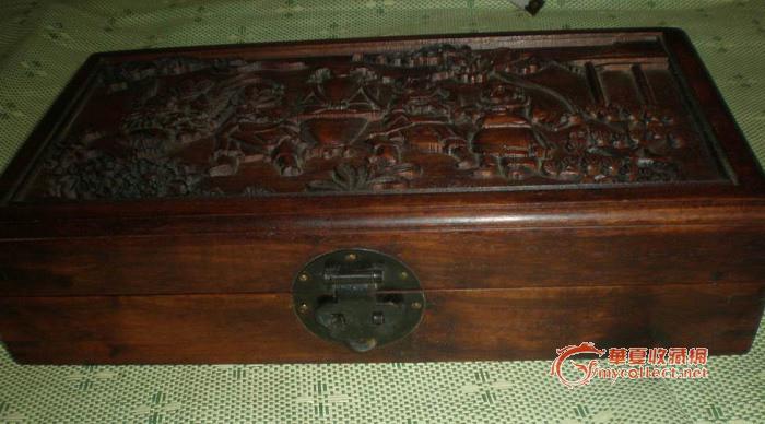 红木雕花木箱
