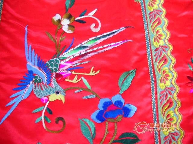 凤穿牡丹 刺绣镶边红裙子 几乎全新图片