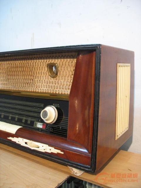 上海132大电子管收音机--之3