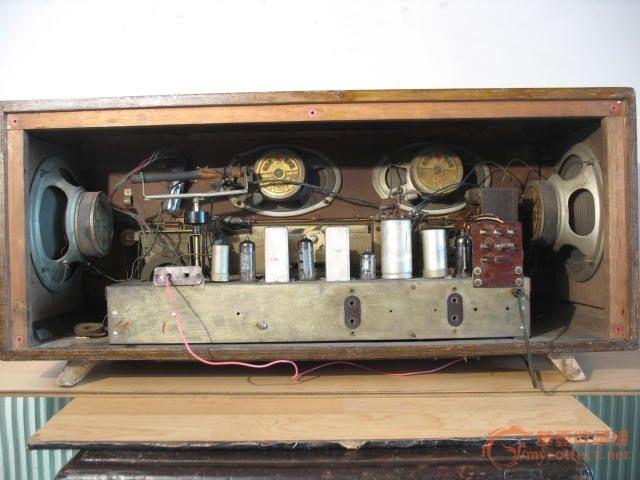 上海132大电子管收音机
