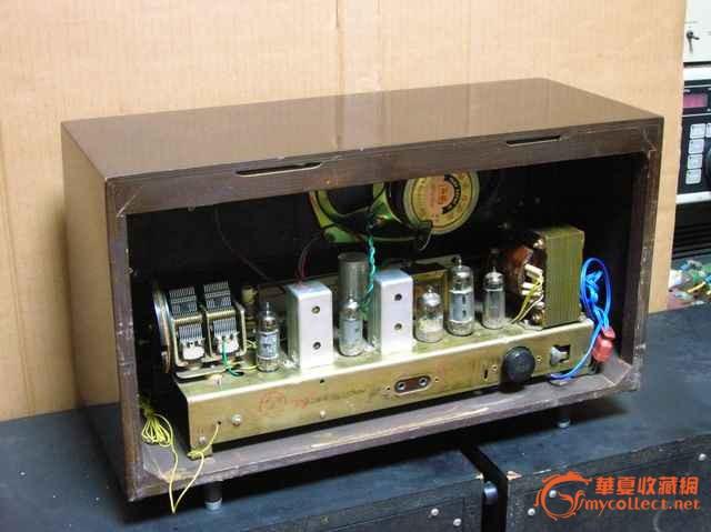 红灯711-2电子管收音机