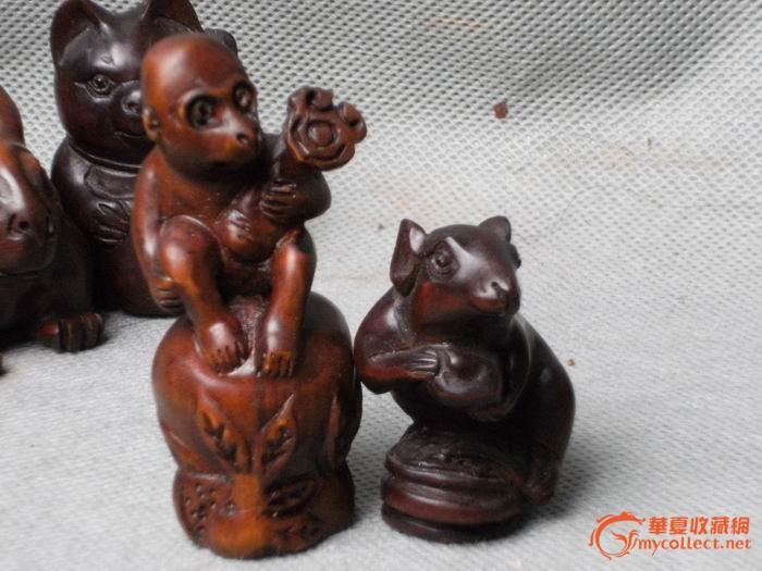 十个精雕细刻的民国黄杨木雕小动物