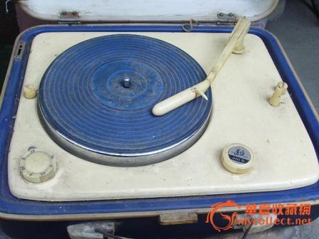 老式电唱机