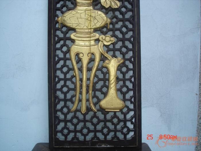 民国木刻樟木油金:古钱牡丹花瓶博古窗花板一块