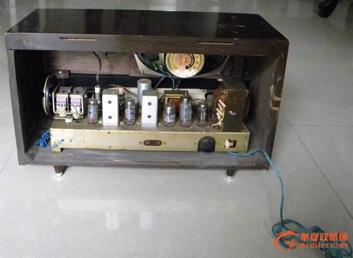 上海产红灯牌711-2电子管收音机