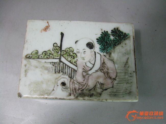 清代浅绛人物绘画印泥盒