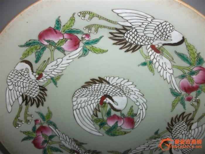 一个仙鹤寿桃盘