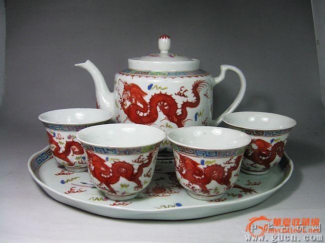 晚清龙凤回纹茶具一套