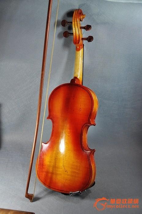 """""""青鸟""""牌小提琴"""
