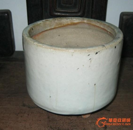 清哥白釉三足桶式香炉