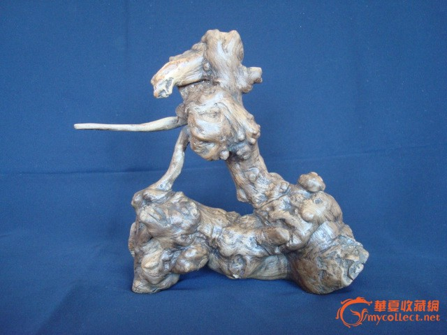 荆条根做的随形根雕