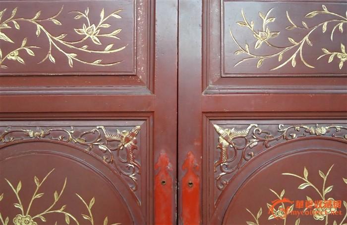 年代: 清 交易品介绍    清代柜门 完整 楠木雕花柜门 高:87 宽:40cm