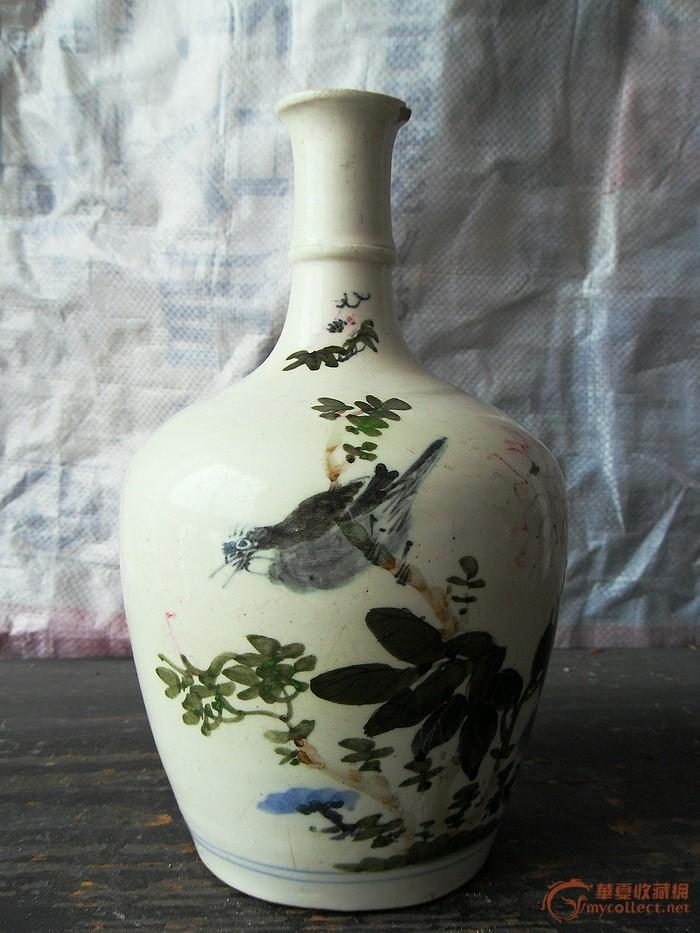 一个漂亮的花瓶