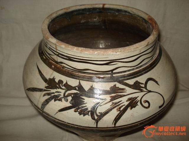 宋代磁州窑褐色花纹大罐