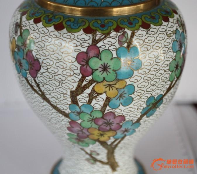 铜胎掐丝珐琅梅花花瓶