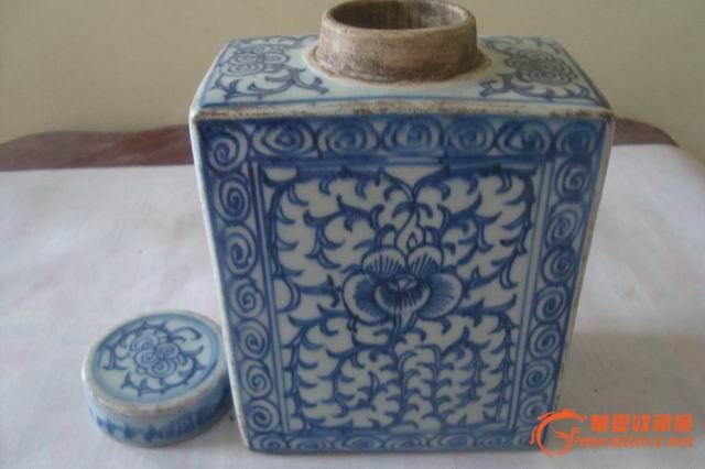 清嘉道青花缠枝纹四方茶叶罐图片