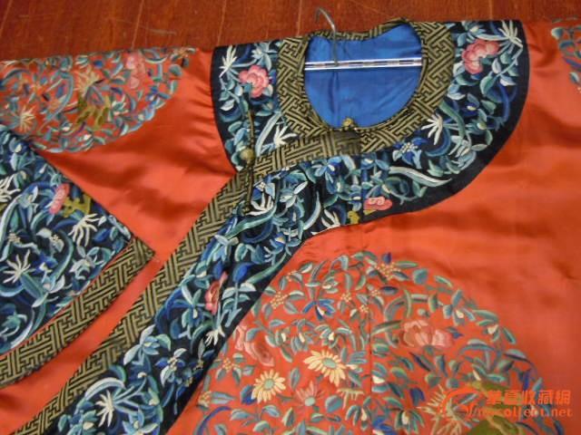 清代纯手工制作皇宫内妃子穿的衣服