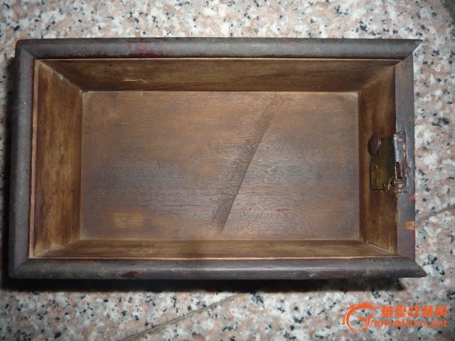 清代金丝楠木储钱盒子