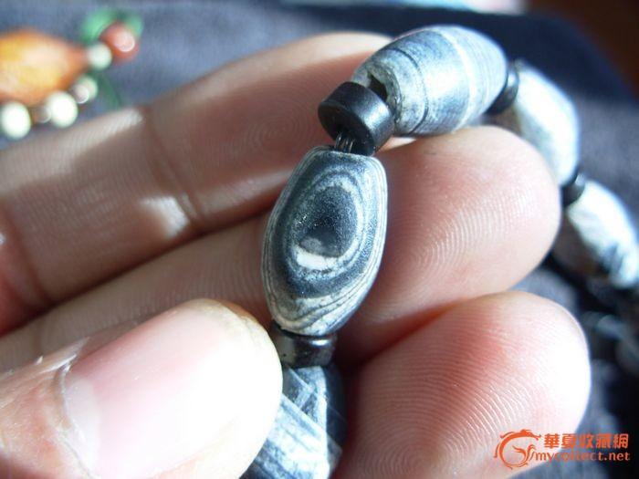 藏式的黑白缠丝玛瑙一串图片